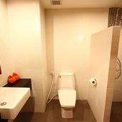 zbathroom1